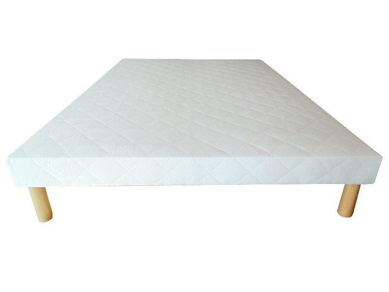 Acheter Sommier 140x200 tapissier 26 lattes 12 cm + 4 pieds pas cher !