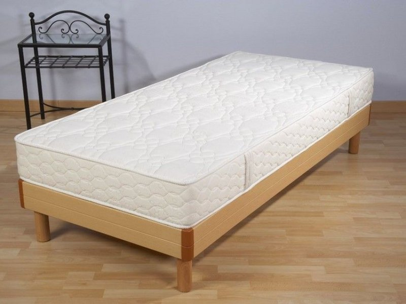 matelas mousse 90x200 excellent matelas polyurthane x with matelas mousse 90x200 fabulous lit. Black Bedroom Furniture Sets. Home Design Ideas